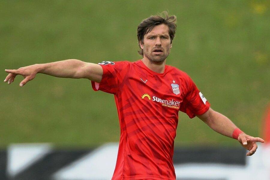 Ronny König läuft ein weiteres Jahr für den FSV Zwickau auf.