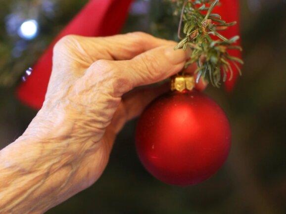 In den Pflegeheimen soll die Weihnachtszeit auch in der Pandemie so besinnlich wie möglich gestaltet werden.