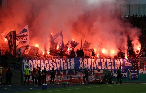 Wegen Pyrotechnik: Hertha BSC muss Strafe zahlen