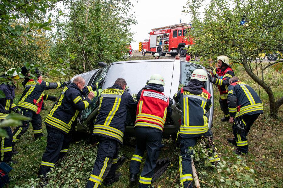 18-Jährige bei Unfall verletzt - B175 vorübergehend gesperrt