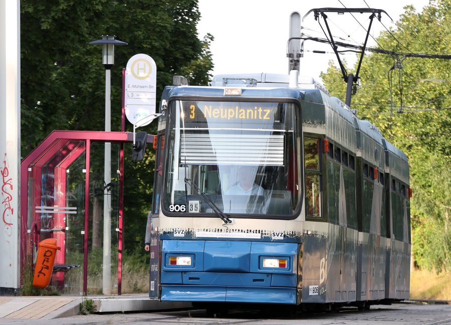 Straßenbahn und Bus sollen nach dem Wunsch der SPD in Zwickau für Minderjährige kostenlos sein.
