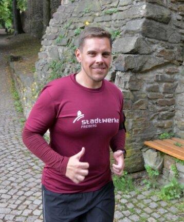 Sven Schulz trainiert gern entlang der Stadtmauer.