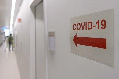 Der Freistaat Sachsen steuert in der Sars-CoV-2-Pandemie auf eine dritte Welle zu. Zu dieser Einschätzung gelangen Wissenschaftler des Instituts für Medizinische Informatik, Statistik und Epidemiologie der Uni Leipzig.
