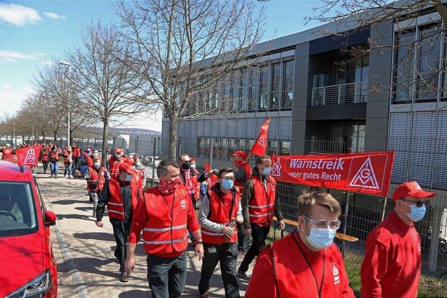 Warnstreik: Metaller in St. Egidien legen Arbeit nieder