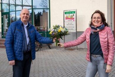 Die neue Geschäftsführerin der Gafug-Bildungsgesellschaft Eileen Heydel und ihr Vorgänger Reinhard Roßner.