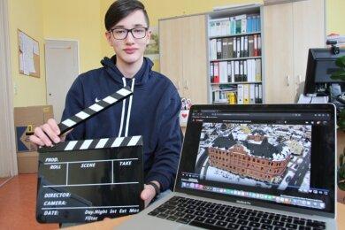 Klappe, die erste: Julius Scharf aus Lauter gehört zu dem Schülertrio, das für die Oberschule der Stadt einen Image-Film gedreht hat.
