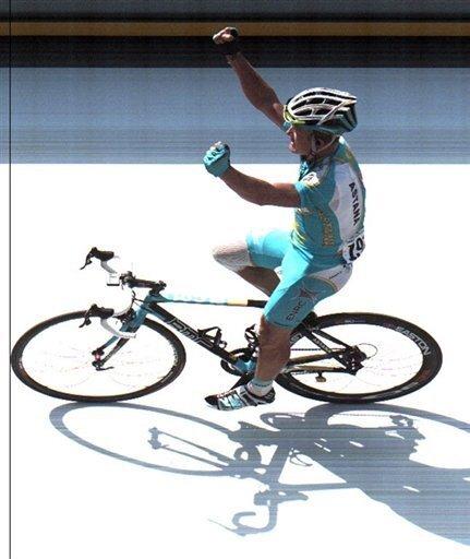 Alexander Winokurow, der jetzt bei der Tour de France des Dopings überführt wurde, hat in der Vergangenheit bereits mehrere Etappen der Frankreich-Rundfahrt gewonnen. Das Foto zeigt Winokurow bei seinem Sieg bei der 15.Tour-Etappe in Loudenvielle.