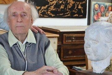 Künstler Johannes Feige wird 90 Jahre alt.