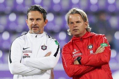 Zwei Männer, eine Philosophie vom Fußball: FCE-Trainer Dirk Schuster und Co Sascha Franz (rechts).