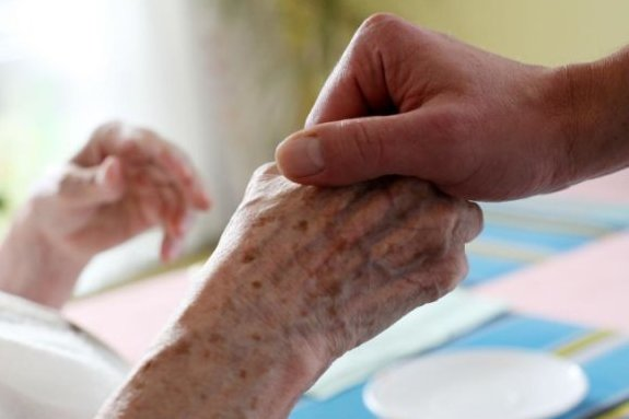 Kurzzeitpflege: Der Bedarf wächst, aber das Angebot sinkt