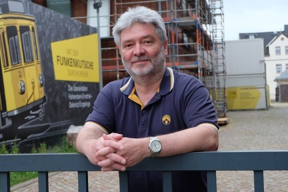 Mit Dirk Wieland hat der Oelsnitzer Fotoclub einen neuen Vorsitzenden. Das Amt musste neu besetzt werden, weil der langjährige Vorsitzende Bernd Franke Ende vergangenen Jahres verstorben ist.