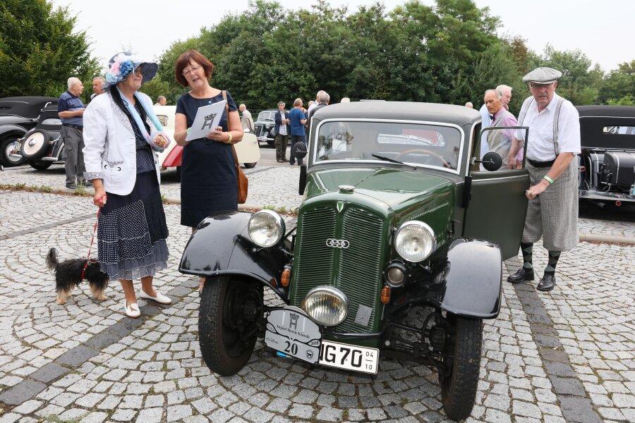 Oldtimer touren zur August-Horch-Klassik durch Westsachsen