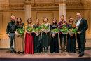 Professoren, die Preisträger und GMD Florian Merz 2018 im König Albert Theater