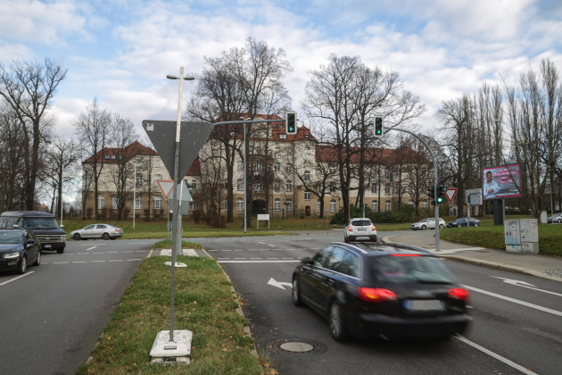 Stadtwärts wird der Verkehr während der Vollsperrung der Zschopauer Straße über die Ritterstraße (Foto) umgeleitet.