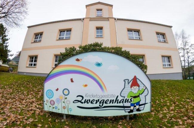 """Die Modernisierung der Kindertagesstätte """"Zwergenhaus"""" in Forchheim nimmt deutlich mehr Zeit in Anspruch."""