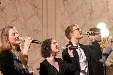 Die Vokalgruppe Quintense bei einem früheren Auftritt in der Reichenbacher Trinitatiskirche. Der Reichenbacher Carsten Göpfert ist an zweiter Stelle von rechts zu sehen.