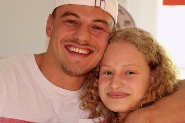 Bei den Schneiders ist Ringen Familiensport. Auch Chris, der für Thalheim in der Regionalliga ringt, freut sich über die Silbermedaille seiner Schwester Lilly bei der Junioren-Weltmeisterschaft in Ufa.