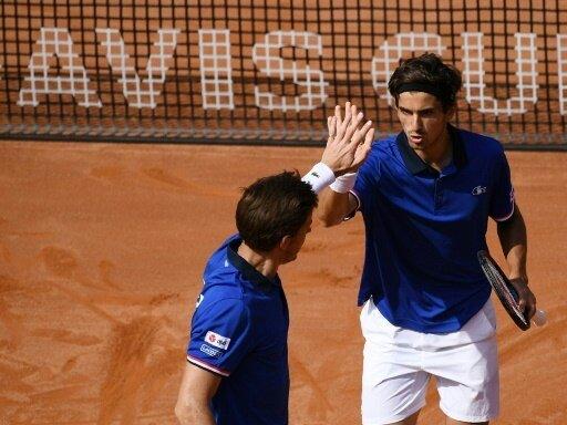 Frankreich nimmt im Davis Cup Kurs aufs Halbfinale