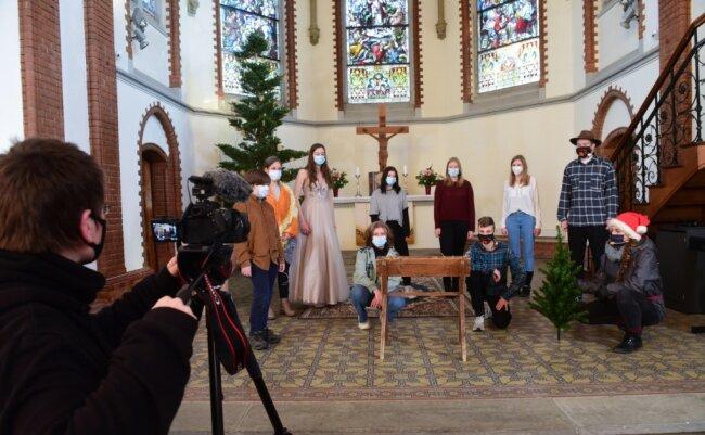 Die Lutherkirche in Limbach-Oberfrohna als Drehort für ein Gottesdienst-Video. Ein Krippenspiel ist Bestandteil der Aufzeichnung, die am 24. Dezember im Internet zu sehen sein soll.