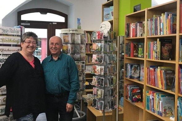 """Almut Nitzsche und Reinhart Unger haben ihre """"Buchhandlung bei St. Annen"""" nun in der Großen Kirchgasse 11 in Annaberg eröffnet."""
