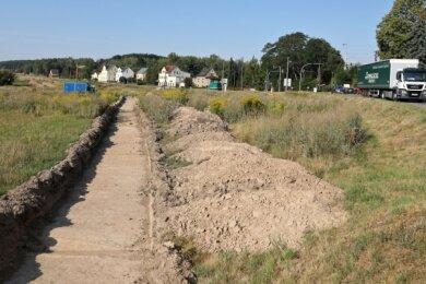 Für die Untersuchung durch die Archäologen wurde die oberste Bodenschicht abgezogen.
