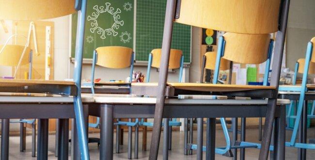 Wegen Corona geschlossen: Präsenzunterricht an den Schulen gibt es auch in den kommenden Wochen nicht. Die Winterferien in Sachsen sind in diesem Jahr eine Woche vorgezogen und auf sieben Tage verkürzt worden.