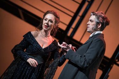 """Das Krankheitspech bei der neuen Musicalinszenierung """"Der Graf von Monte Christo"""" des Mittelsächsischen Theaters setzt sich fort."""