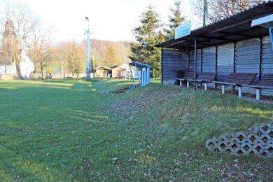 Momentan ungenutzt: Der Sportplatz in Weigmannsdorf wurde als einer der Standorte für einen möglichen Skatepark diskutiert.