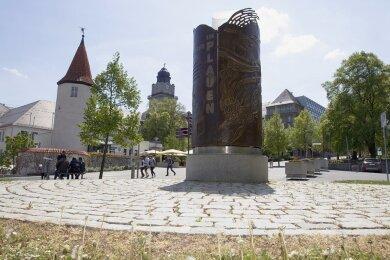 Mit dem Engagement ihrer Bürger hat sich die Stadt Plauen bereits ein Wendedenkmal geschaffen, das an die Ereignisse vom 7. Oktober 1989 erinnert. Demonstrierende Massen erzwangen an dem Tag das Abdrehen eines Polizeihubschraubers und den Eintritt der Partei- und Staatsführung in einen Dialog.