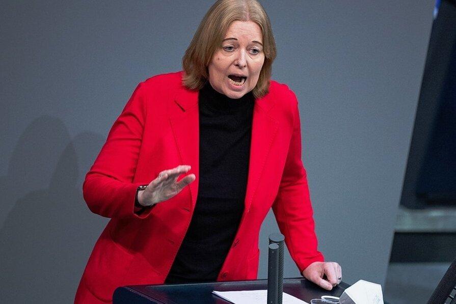 SPD-Fraktionsvize Bärbel Bas bei einer Plenarsitzung des Bundestages: Die 53-jährige Gesundheitspolitikerin soll neue Bundestagspräsidentin werden.