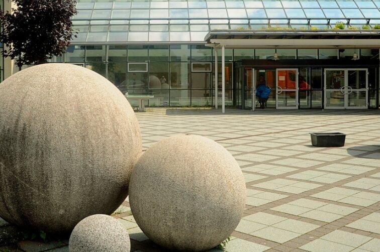 Am Brander Cottagymnasium sind 180 von 944 Gymnasiasten in Quarantäne.