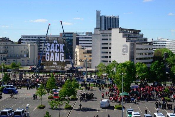 Rechtsextreme und Gegner demonstrieren in Chemnitz: Liveticker zum 1. Mai zum Nachlesen
