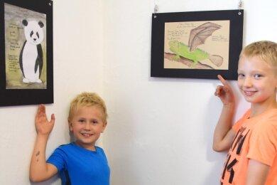 Finn mit dem Pingopanda und Louis' Federner Eidechsen-Flieger gehören zu den Exponaten.