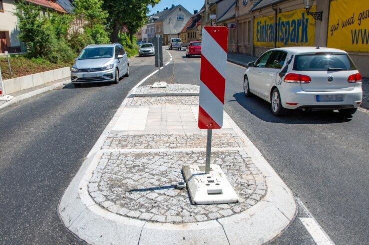 Die Chemnitzer Straße (B 173) in Oederan wurde in diesem Jahr abMai umfangreich saniert.