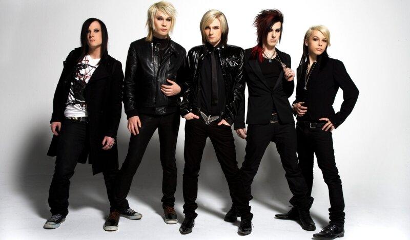 """<p class=""""artikelinhalt"""">Sehen ein bisschen aus Tokio Hotel, heißen aber Cinema Bizarre. Die fünf Jungs sind gerade auf den Weg nach ganz oben und der Geheimtipp am Sonnabend auf der Hauptmarktbühne. </p>"""