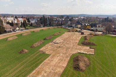 An der Wetzelsgrüner Straße/Neue Welt hat auf rund 3,4 Hektar die Erschließung eines neuen Wohngebietes begonnen.