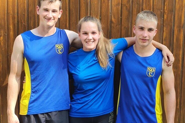 Optimistisch: Benno Reichel, Frances Dietze und Gerry Nöbel (v. l.) fahren am Wochenende zur Kanu-DM nach Mannheim.