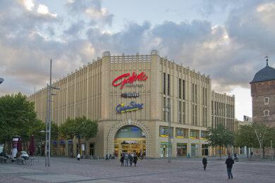 Einkaufszentrum Galerie Roter Turm