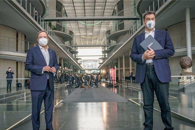 Sind beide bereit, für die Union bei der Bundestagswahl als Kanzlerkandidat ins Rennen zu gehen: die Vorsitzenden von CDU und CSU, Armin Laschet (links) und Markus Söder.