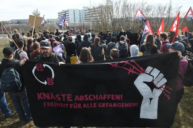 Die Demonstranten stellten die Forderung nach mehr Rechten für Gefangene.