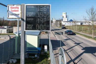Die Automatentankstelle im Gewerbegebiet Penig-Wernsdorf ist seit gestern in Betrieb.