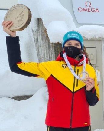 """Susanne Kreher hat in der Schweiz Silber bei der Junioren-WM in Skeleton gewonnen und nun noch Aussichten auf einen Start bei den Welttitelkämpfen der """"Großen""""."""