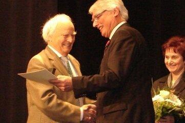 Klaus Ulm (links) bei der Verabschiedung von Erich Homilius.