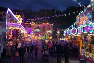 Ein Bild aus dem vergangenen Jahr: das Herbstvolksfest auf dem Platz der Völkerfreundschaft in Zwickau.