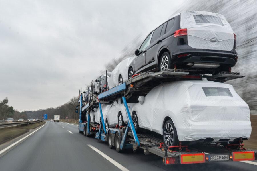 Sachsen halten sich in diesem Jahr beim Autokauf stark zurück