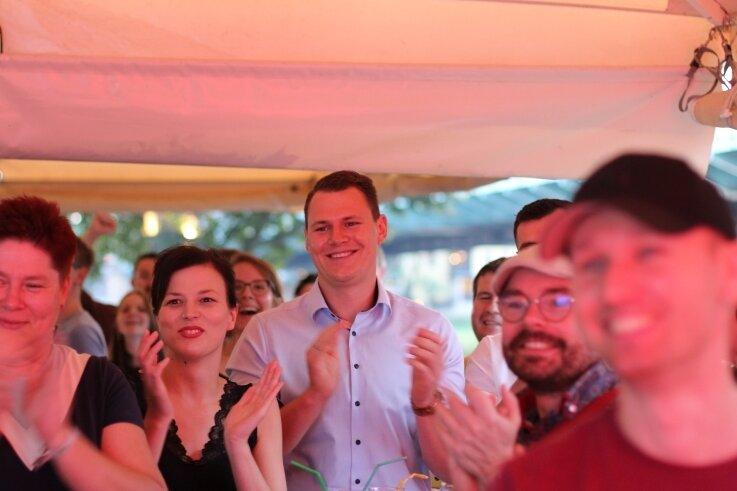 Wahlparty SPD: Carlos Kasper hat Grund zur Freude.