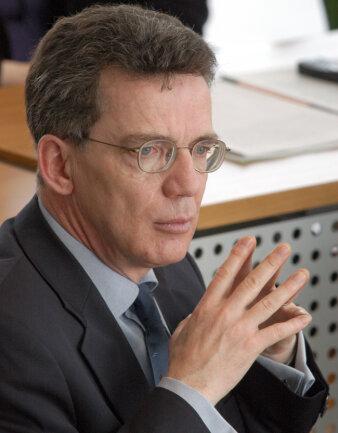 Unter Druck: Kanzleramtschef Thomas de Maizière (CDU).