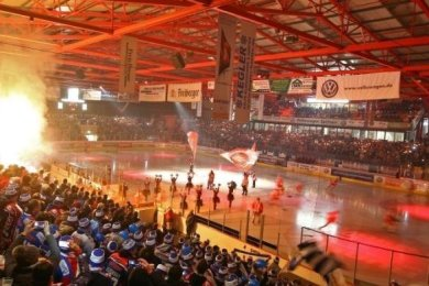 Vor dem Beginn der neuen Eishockey-Saison soll ein Nord-Ost-Pokal ausgetragen werden.