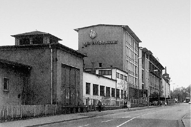 Damals prägte der Gebäudekomplex der Hydraulik den Straßenzug.