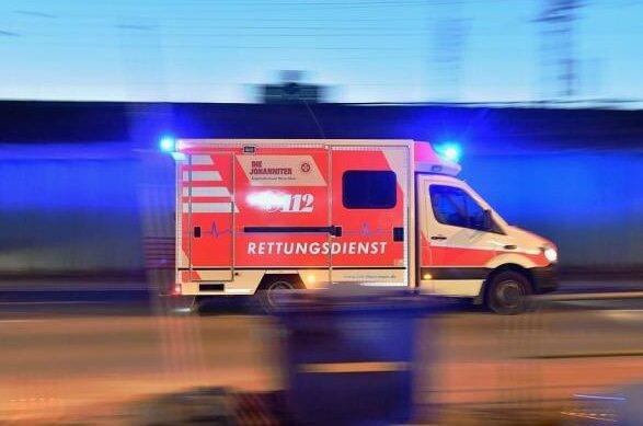 Vier schwer Verletzte nach Unfall